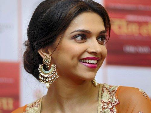 Dimpleji pampers me: Deepika Padukone