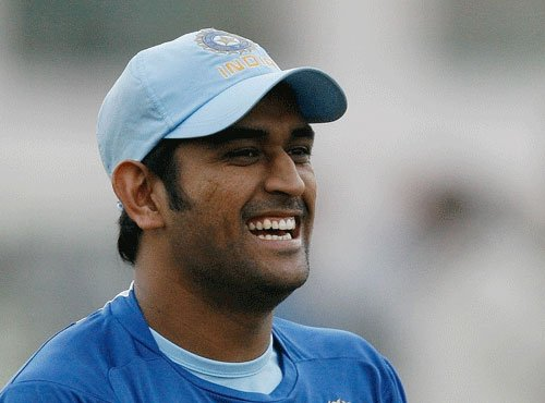 Dhoni's security downgraded to Y from Z category