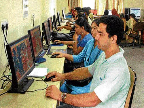 'Indian Internet users to surpass US in 2014'