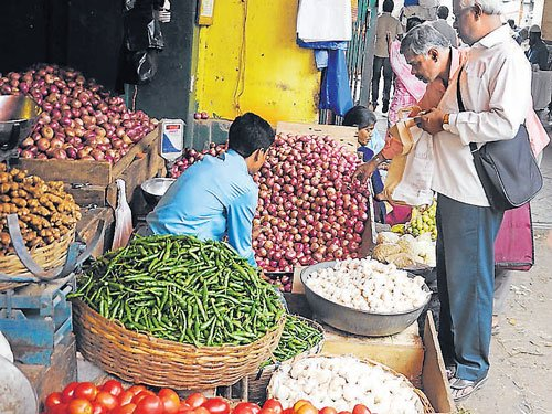 Wholesale inflation at 5-month low; monsoon a concern