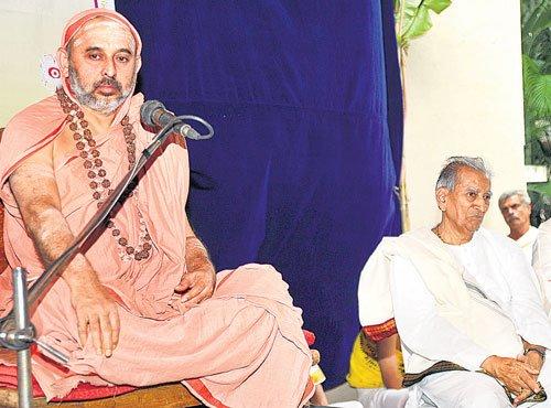 Leading an harmonious, just life is Dharma: Seer