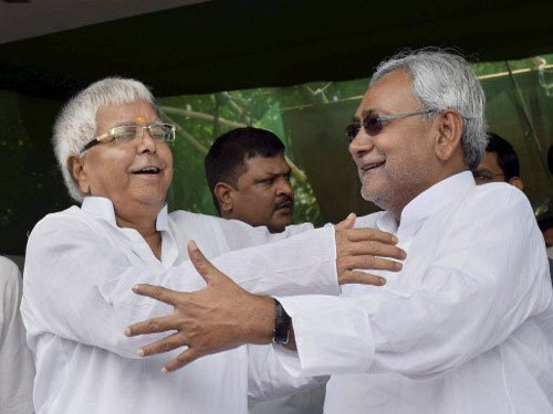Will stick with Lalu to keep BJP away: Nitish