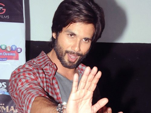 Not sure about 'Magadheera' remake: Shahid Kapoor