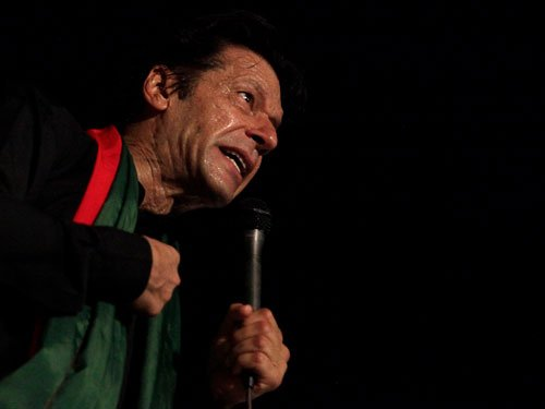 Imran suspends talks with govt; calls for nationwide protest