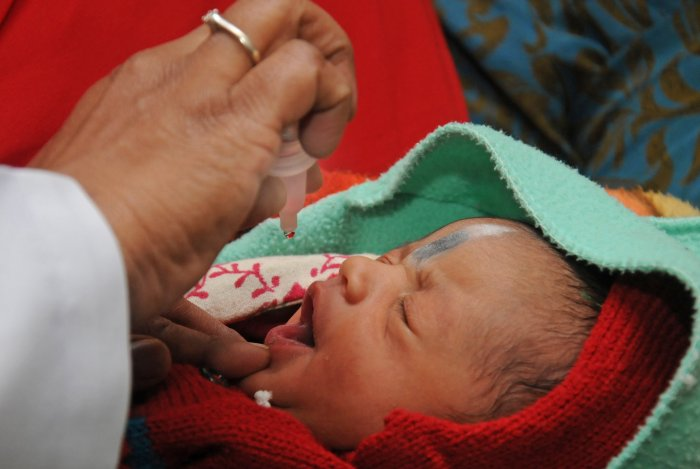 India gets WHO boost to use injectable polio vaccine