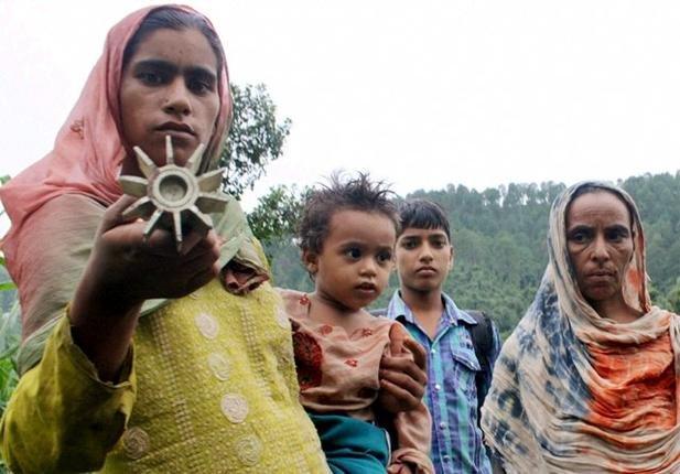 2 killed in heavy Pak shelling on 22 border posts, 13 hamlets