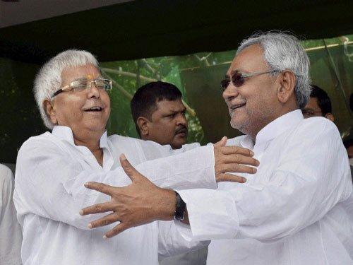 Bihar Assembly bypolls give secular alliance 6, BJP 4 seats