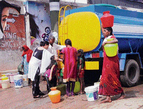 Private water tanker business thrives in City