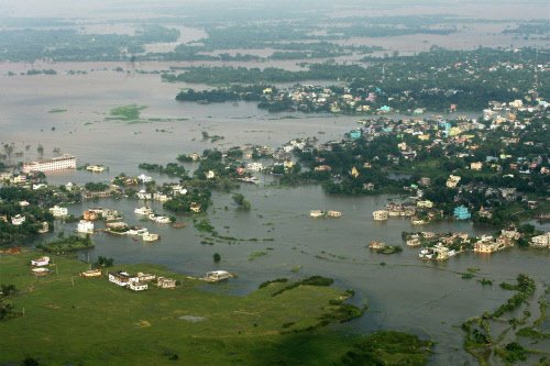Uttar Pradesh faces both floods, drought