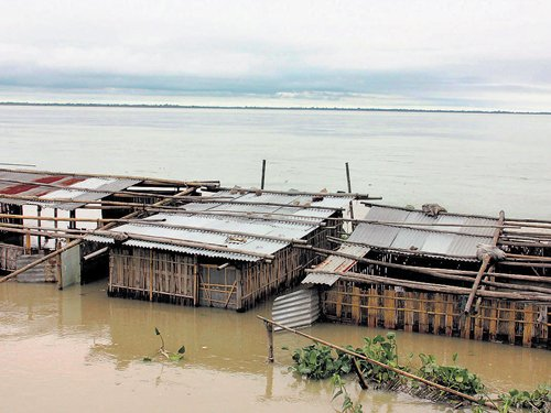 Floods affect 16 districts in Assam