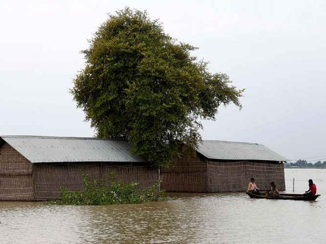 Floods hit 226 villages in upper Assam