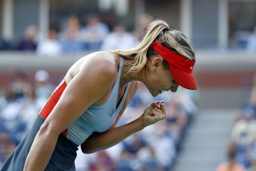 Sharapova reaches US Open third round, American men in new low