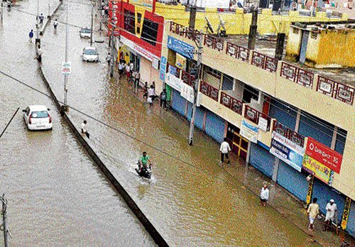 Rains claim three lives in N-K region