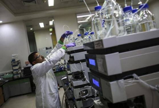 In race for bigger margins, Indian drug makers are going West