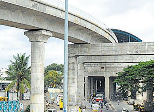 Bus stops needed at Nayandahalli or Deepanjalinagar