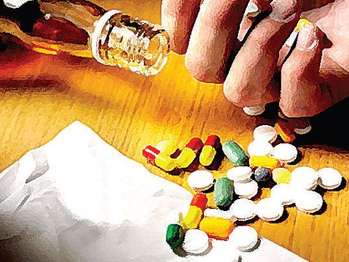 Youths falling prey to home-delivered drugs without proper prescription