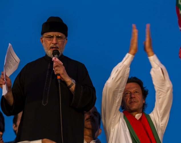 Political storm ebbs in Pak; 'concrete solution' in sight