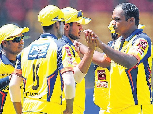Warriors too good for Tuskers