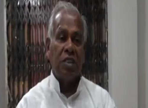 Foot-in-mouth statements mar Manjhi's tenure