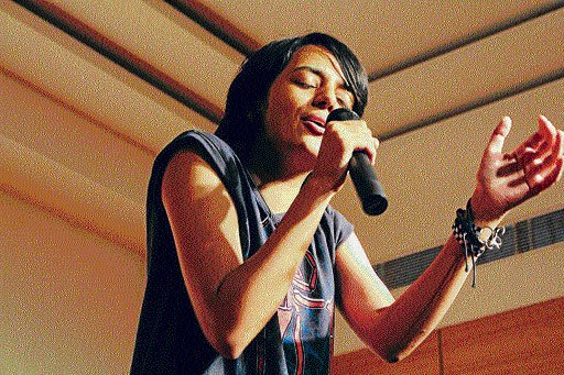 Young songstress strikes the right note