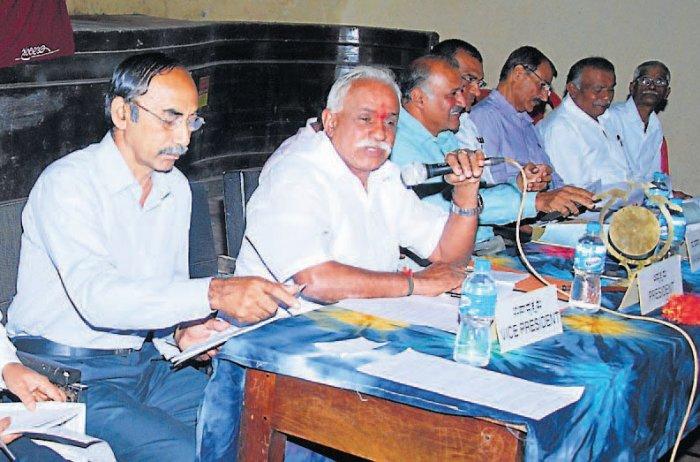 Return deposit, demand coffee planters co-operative society members