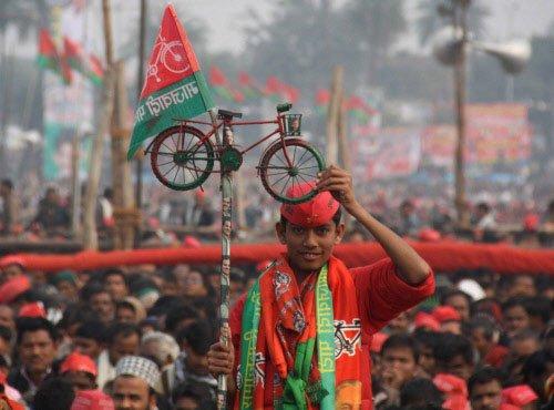 Major blow to BJP in bypolls, worst hit in UP
