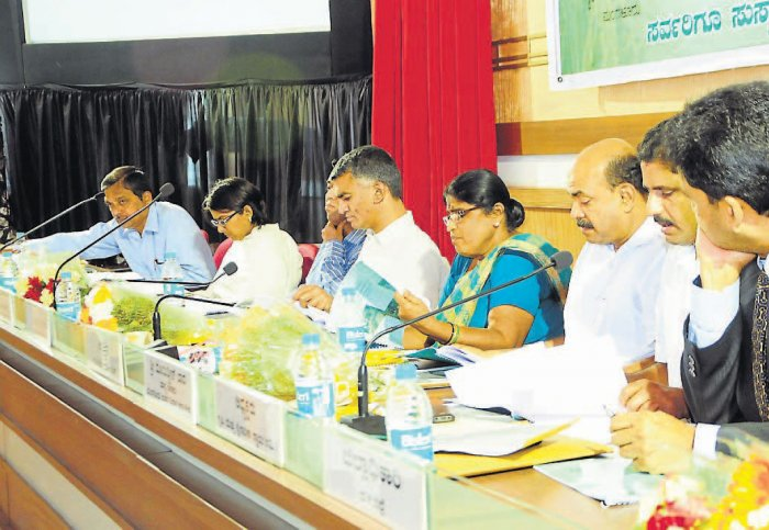 Agriculture dept is not sales agency:Byre Gowda