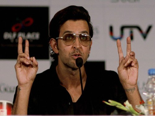 Hrithik's fitness dare to Bollywood stars