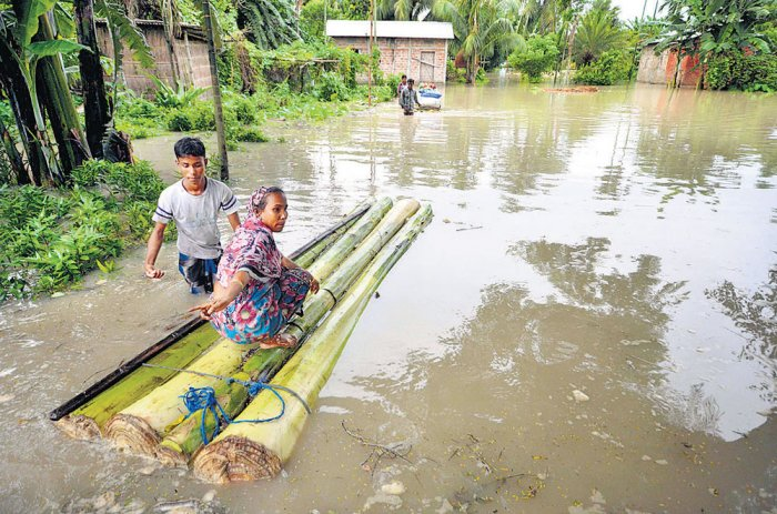 Rain paralyses life in Odisha for second day