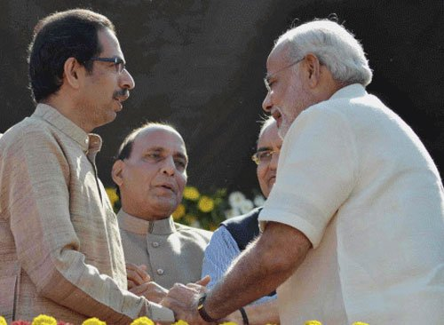 Sena leaders reach BJP office to salvage alliance
