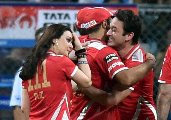 Kings XI start favourites against Knights