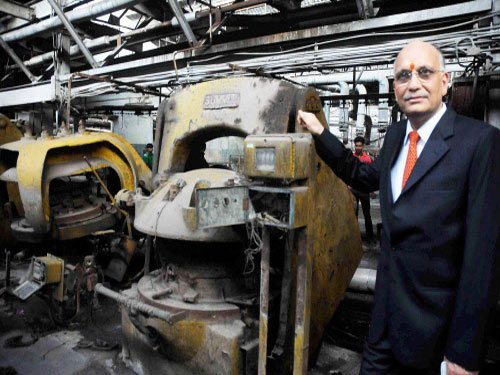 Dunlop's WB plant reopens; govt & mgmnt confident of revival