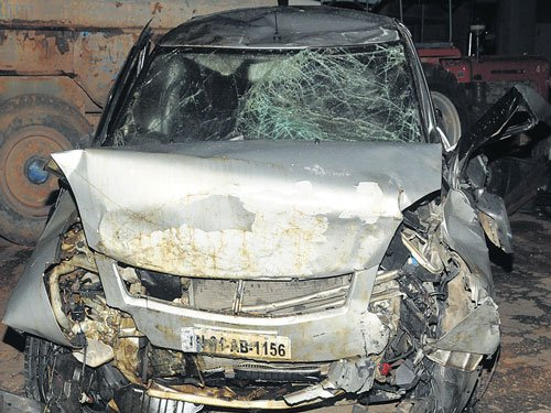 Three techies killed as car rams flyover side wall