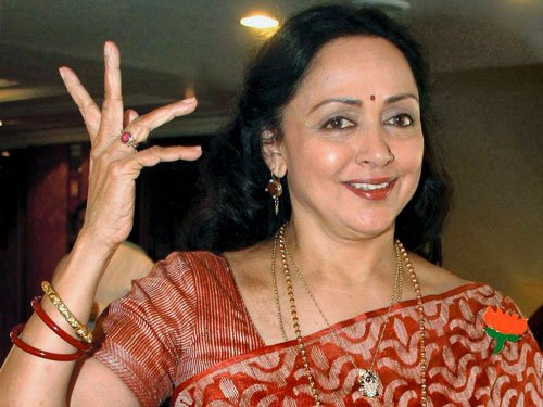 Hema Malini starts shooting for Ramesh Sippy's next