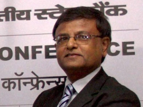 Ex-SBI MD Hemant Contractor cleared for pension fund Chairman