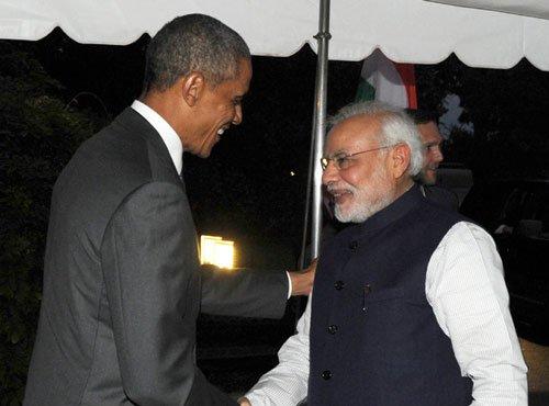 Obama hosts dinner for Modi ahead of Summit talks