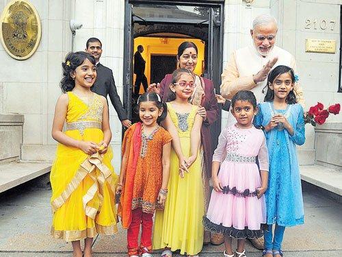 Modi, Obama promise to move forward