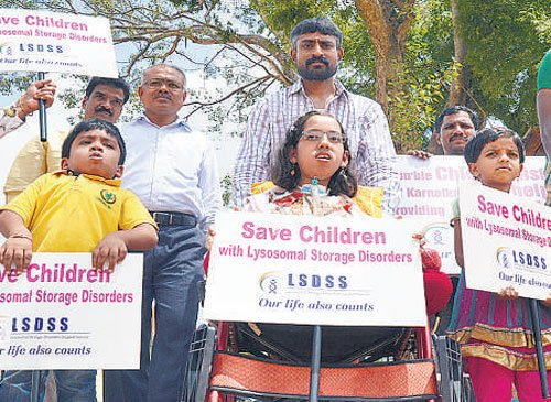 LSD patients protest, demand facilities from govt