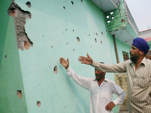 Five persons killed in heavy shelling by Pak troops