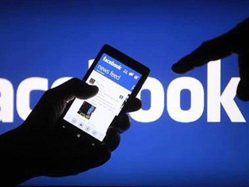 Facebook to go after spammers promising 'fake likes'