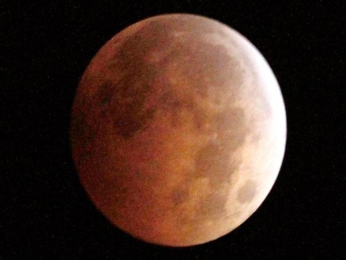 'Blood moon' to awe sky watchers in Americas, Asia