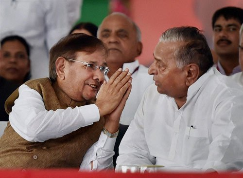 Sharad Yadav warms up to Mulayam