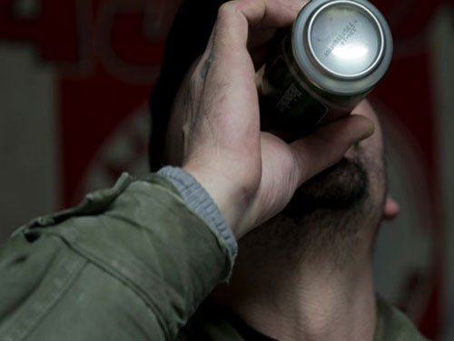 How binge drinking harms the liver