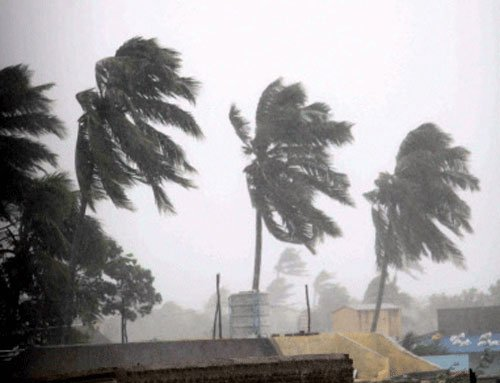 """'Hudhud' to take """"very severe"""" turn in next 12hrs: IMD"""