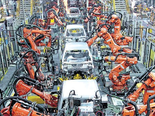 Manufacturing, capital goods stunt IIP growth to 0.4%