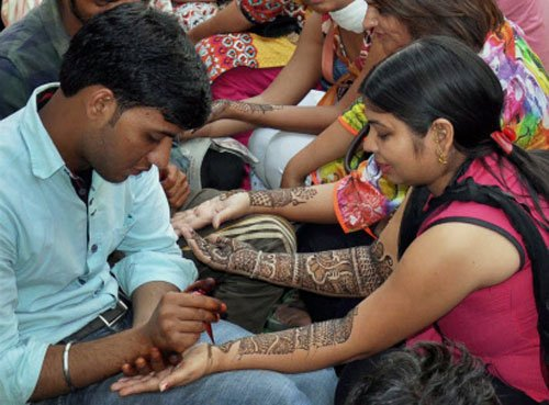 Campaign to make men fast this Karwa Chauth