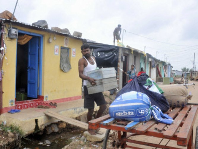 Cyclone Hudhud: Airtel sets up helpline for tracking people