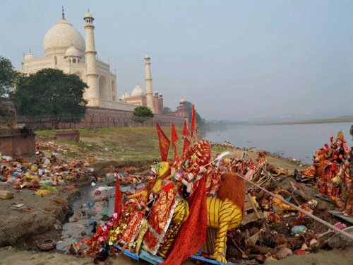 Agra to take actions against garbage dumpers, encroachers