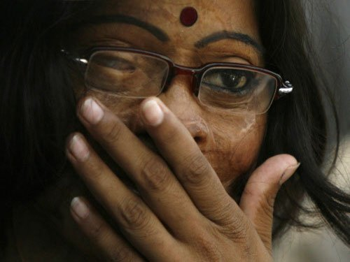 Acid attack victims open cafe in Agra