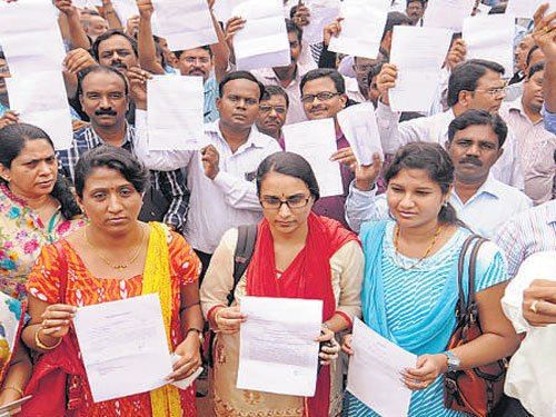 Many striking doctors report back for duty